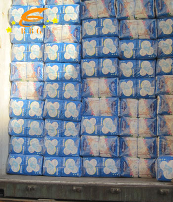 Shipped out 40HQ container of baby diapers to Africa
